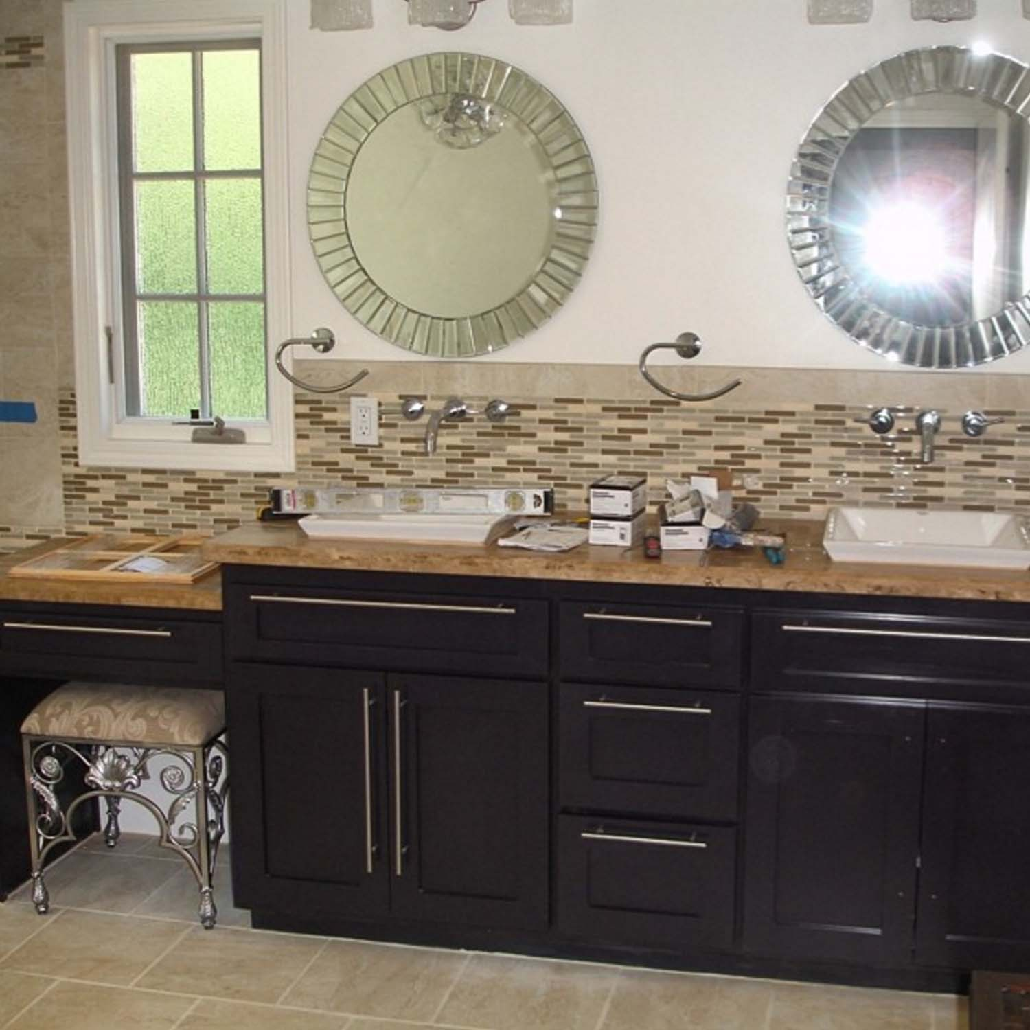 Custom Kitchen Cabinets: Heredia's Custom Cabinets